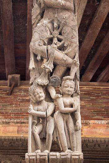 The wooden struts of Indreshwar Mahadev Temple.