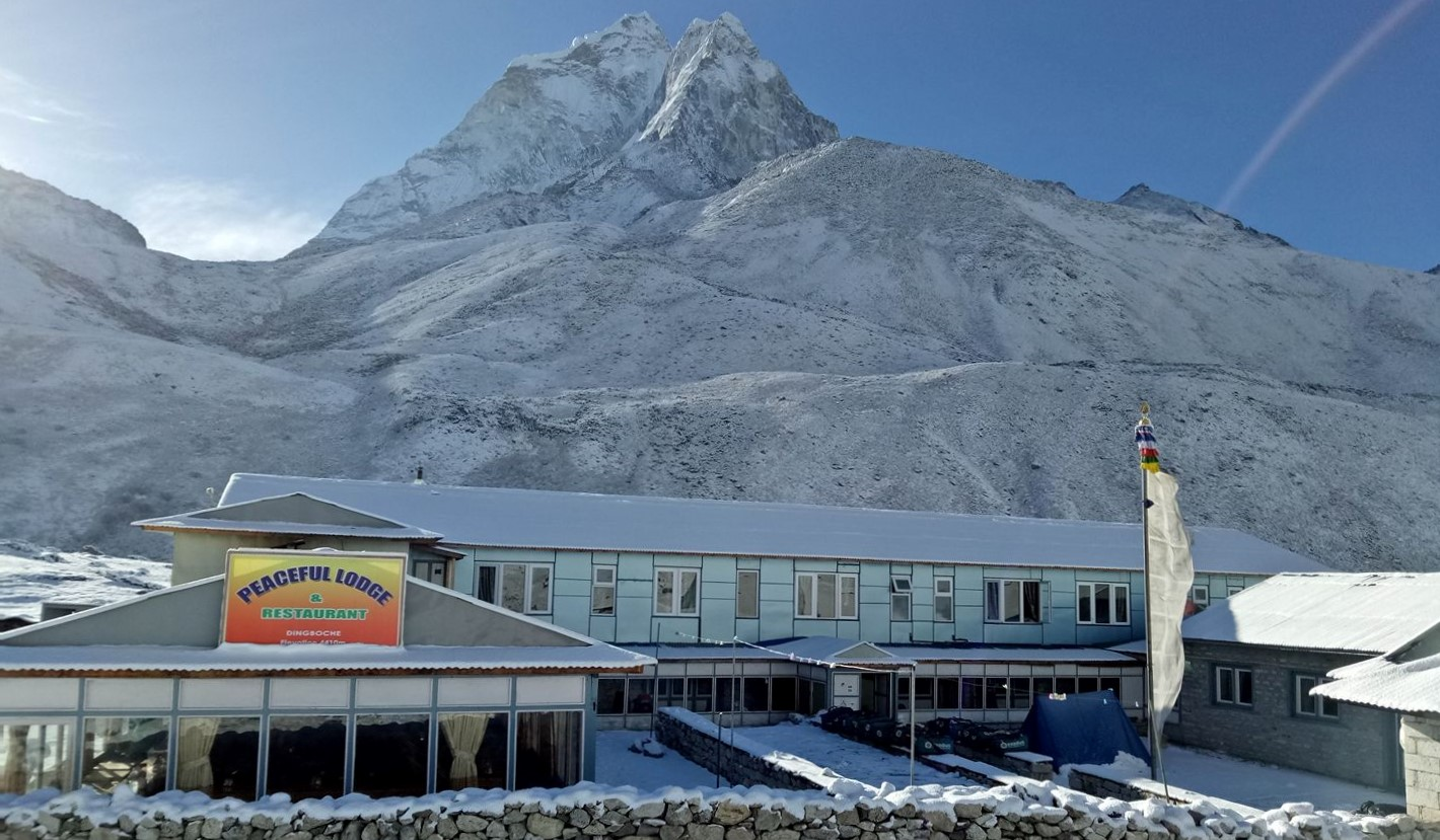 Peaceful lodge in Dingboche during winter