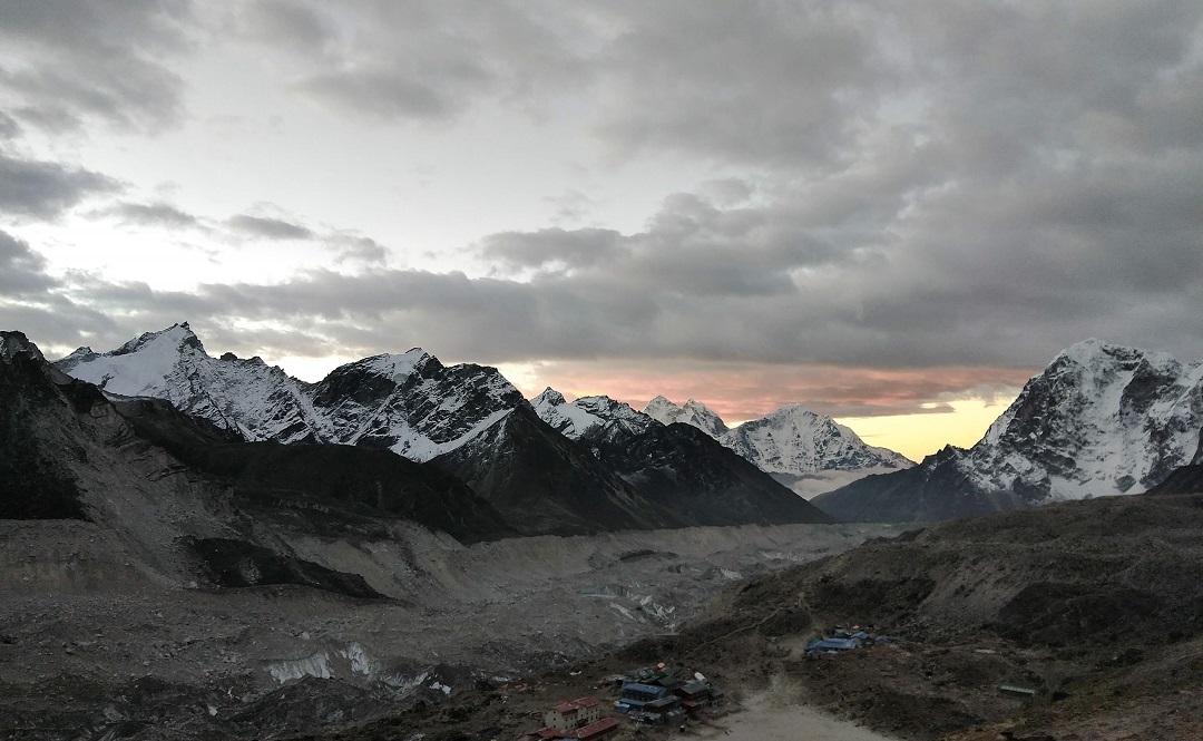 Morning view of Gorakshep shot from Kalapathar trail