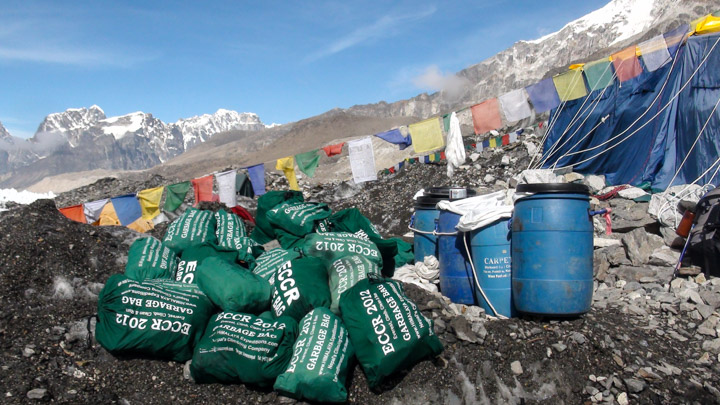 Garbage at Everest